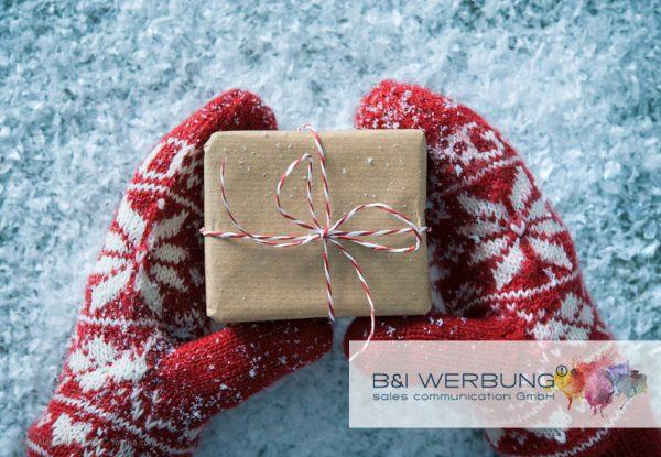 Weihnachten-Werbeartikel-als-Firmenpraesent